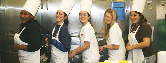 Picture of Caldwell Students Volunteering